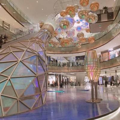 88山西北美新天地时尚中心商业美陈改造
